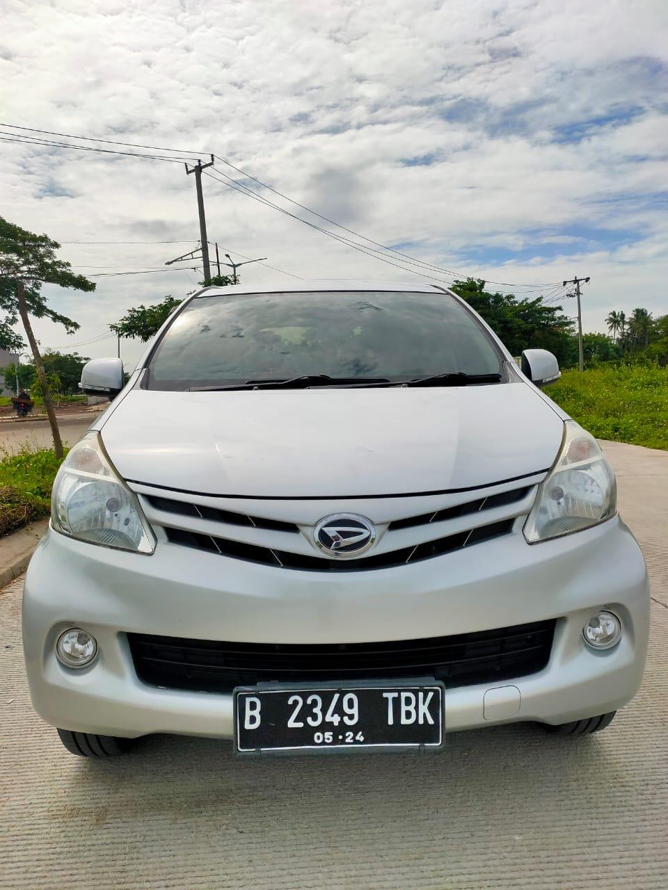 Dijual Mobil Daihatsu Xenia / SILVER Tahun 2013